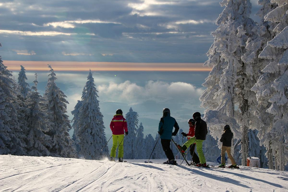 Wintersport im Böhmerwald: Skifahren am Hochficht - Hotel Almesberger****S