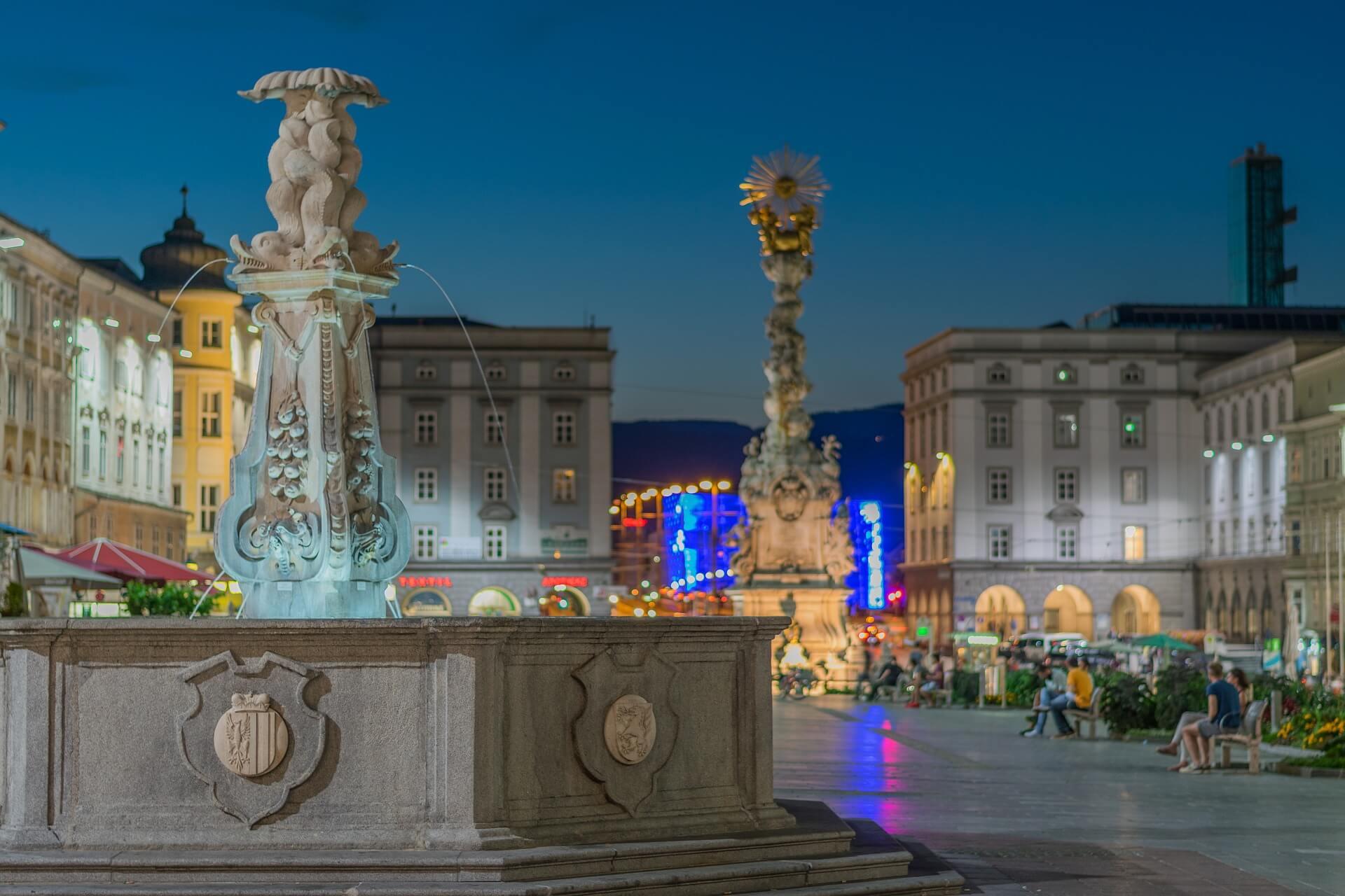 Ausflugsziel in Linz: Der Hauptplatz - Hotel Almesberger****S